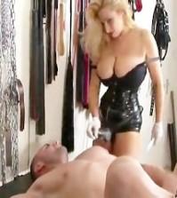 mistress femdom domina
